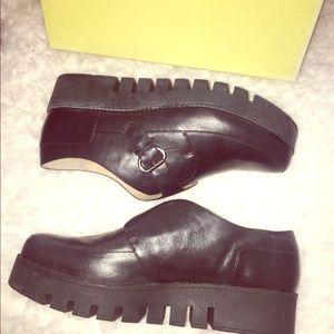 NWT maxsudio platform loafers. Size 9.5